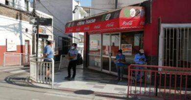Municipio trabaja para potenciar almacenes y bazares del caso histórico