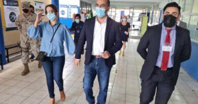 Ricardo Sanzana  candidato a Alcalde de Arica cumplio con su deber civico