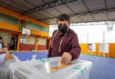 """Alcalde Espíndola : """"Es una jornada histórica para las regiones de Chile"""""""